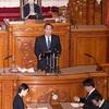 参議院本会議場で初登壇、代表質問