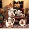 陶器のお皿と村の会議