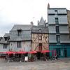 古くて美しい景色の残るヴィトレの旧市街
