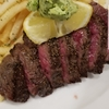 ステックフリット(牛肉のステーキとフライドポテト)ビストロの定番メニュー❗