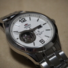 オリエントの機械式時計(逆輸入モデル)を買った話