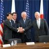 日本の防衛能力強化へ 日米2プラス2、北朝鮮には圧力