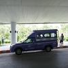 ピサヌローク空港の市内行きバスがソンテウになった。後はドンムアン空港のラウンジ