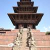 ネパ-ルの宮廷と寺院・仏塔 第184回     カトマンドゥ盆地の寺院と仏塔 バクタプルの王宮と寺院