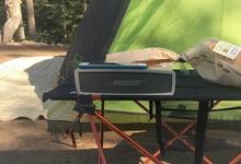 キャンプで楽しむBluetoothスピーカー。音質のBoseスピーカーと防水スピーカーを使い分ける。