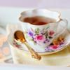 美味しいはちみつ紅茶でリラックスする