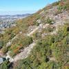登山道が整備された平荘湖南の「升田山」(兵庫県加古川市)