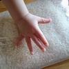 1歳のお誕生日!1人目は一升餅。2人目は一升パン。さぁ3人目はどうする?代わりになるものはある?風呂敷ではなくリュックじゃだめ?赤ちゃんの手形もとりたい!