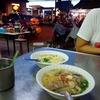 翻訳で忙しい時は外食です。