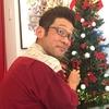 新しい店での一人ぼっちで作るクリスマスツリーは、なんとも寂しい感じがします。