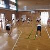 5年生:体育 準備運動 ダンス
