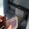 【海外通貨をお得な手数料で】海外旅行に最適なクレジットカードとは【窓口両替は高い?】