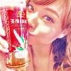吉沢明歩 が紅茶にキスする…