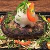 日本人が多く住み始めて発展著しいチカラン 紫音 でハンバーグを食べてみた。