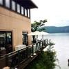 箱根神社周辺の人気&おすすめ店!その② 贅沢な景色と空間を楽しむカフェ「サロン・ド・テ ロザージュ」