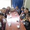 6年生:修学旅行④ 昼食はカツカレー