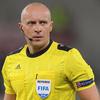 UEFA CL 準々決勝ファーストレグのバルセロナ戦、主審はシモン・マルチニアク