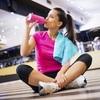 発汗率と至適水分状態(発汗率2.5㍑/hの選手が、胃の不快感なしに、無理なく水分摂取を行うとすると、約50%(1.2㍑/h)しか補給できない)
