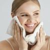 敏感肌必見!バリア機能破壊で顔のたるみの原因にもなる界面活性剤なしの注目のクレンジングとは