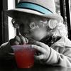 ペットボトルが水筒に?子供とお出かけの水分補給には、ペットボトルキャップコップが便利!