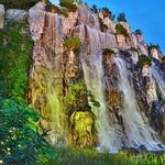 木浦(モッポ),「下塘(ハダン)」地区の夜の噴水ショー、ライトアップの滝と「カッパウィ」