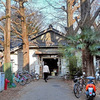 日本最強のレトロ学生寮、京大吉田寮に潜入!【昭和考古学】