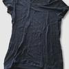 黒い服3枚を捨てる感想。トップス(GAPのTシャツやカットソーなどのインナー)を手放します。