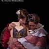 『ライムライト』観劇レポート:少人数編成カンパニーが濃密に描く、人生の美しさと残酷さ
