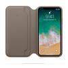 純正、待望の登場。Apple純正iPhone手帳型ケース。ONOFFが特徴的。