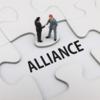 資産運用基盤が3社と資本提携、QUICKなど