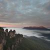 オーストラリア・シドニー郊外にある世界遺産「ブルーマウンテンズ」3姉妹の伝説が切ない