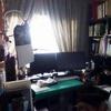 「机のある部屋」