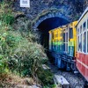 水瓶座14度サビアンシンボル:A TRAIN ENTERING A TUNNEL(トンネルに入る電車)