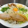 「ぎょうてん屋 町田店」で汁なしぎ郎を食べる。あまじょっぱさにパツパツ太麺と野菜は食べやすくも満足いく一杯!野菜増しでもいける気がする。
