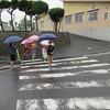 登校の風景:雨降り「0の日」
