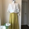 ポリエステルのスカートならシワを気にせず長時間⁉️座れますよね!