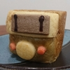 【食】江ノ電腰越駅近くのパン屋『ルボートン』による『江ノ電パン』爆誕!