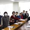 18日、新婦人県本部が新型コロナウィルス感染症対策で県教委に申し入れ。県の学力テストも延期に