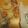 雨の日も風の日も うるおい食パン/プルンニャ 玉ねぎ食パン/ヒルダーブロードヒェン