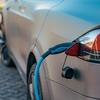 走りながら充電する電気自動車の可能性