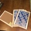 セリアのコルクボードとマステで棚の扉を作りました。