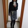 レギンスを履かないミニスカートの大人コーデ