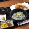 水揚げ直後の「生しらす」を堪能…!佐田岬の絶品しらす丼。