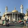 ドームの天井装飾が素敵なロマトゥン・イスラム・モスク