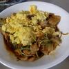 幸運な病のレシピ( 1454 )朝:豚と豆苗のキムチ味卵のせ(ホイコーロ風)、ブリ味噌漬け、味噌汁