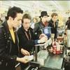 Lost In The Supermarket もしくは保障つきの俺なのに (1979. The Clash)