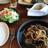 『Hula Grill Waikiki <フラグリル・ワイキキ>』でオーシャンビューとステーキを堪能!【ハワイ・ホノルル】