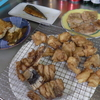 幸運な病のレシピ( 1468 )朝:イカ焼き機で鳥のソテー、鶏唐揚、浅場カレイの焼きびたし、塩サバ、味噌汁