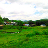 山の中にある村を散策