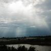 トンレサップ湖までの道中で天使の梯子(薄明光線)出現!